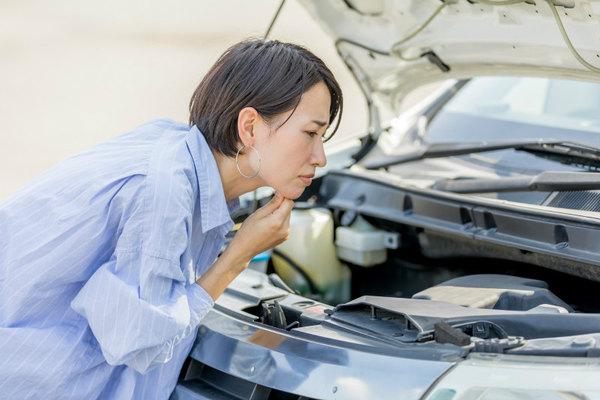 車に長期間乗らなかった場合に注意したいトラブル