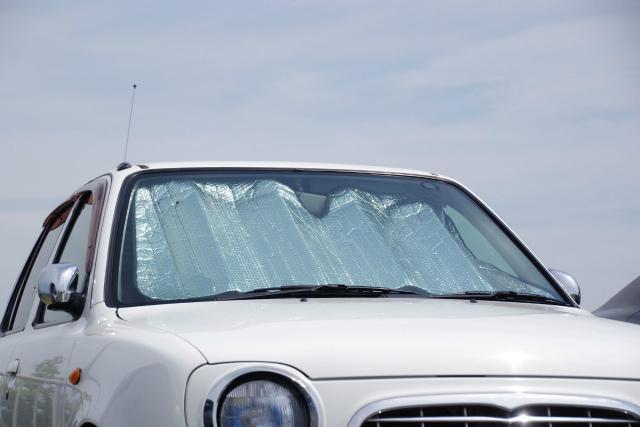 真夏の車内は危険